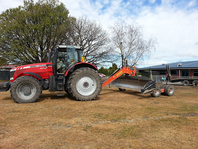 Patrick Nicolle Contracting equipment set up with Trimble RTK-GPS and a Montefiori levelling blade